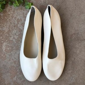 Vince Shoes - Vince White Soft Leather Slip On Ballet Flats